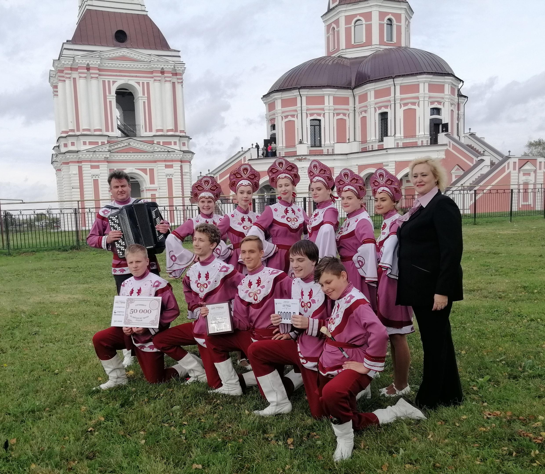http://cdt-leninskii.ucoz.net/foto_novosti/pMaCV7JdEpo.jpg